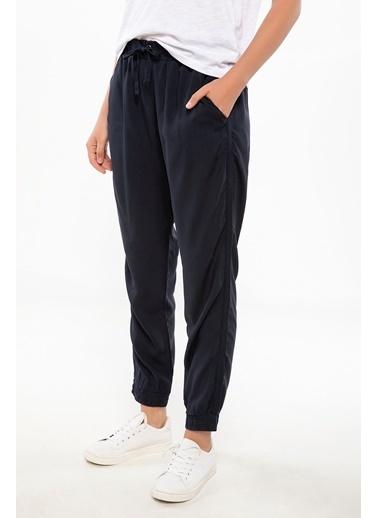 DeFacto Beli Bağlamalı Pantolon Lacivert